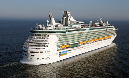 Cruiseschip Independence of the Seas van rederij Royal Caribbean International