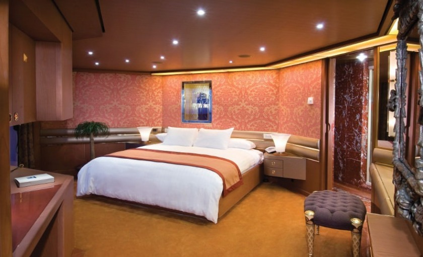 bettzimmer Penthouse Suite MS Amsterdam Holland America Line